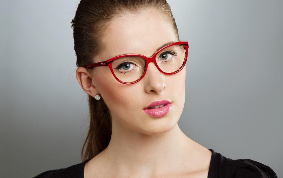maquiagem-para-quem-usa-oculos---look-3-1349132103341_955x600
